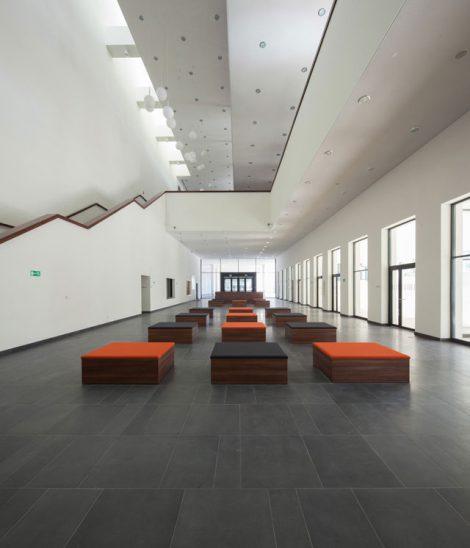 Medien-und-Rechenzentrum-Der-Technischen-Wisschenschaften-Breslau_Friedemann-Rentsch-Architektur_1