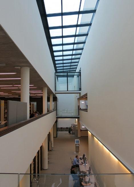 Studienzentrum-Und-Bibliothek-Der-Technischen-Universitaet-Breslau_Friedemann-Rentsch-Architektur_6